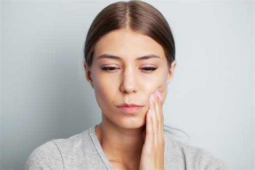 牙外傷後如何進行應急處理