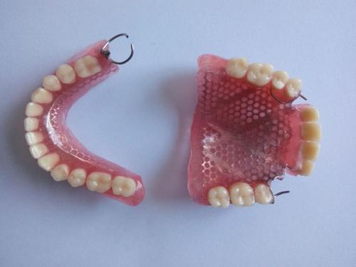 成長的煩惱——青春期常見牙病